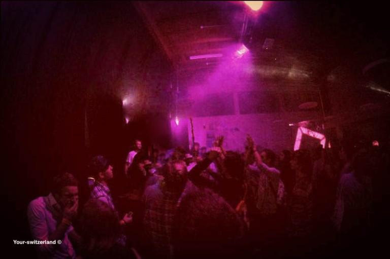 Clubbing(1).jpg