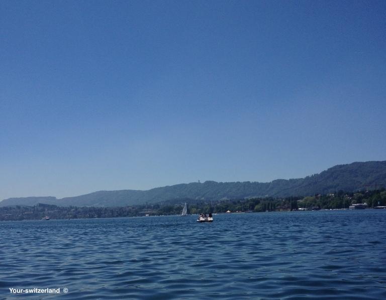 lake-sunny-day